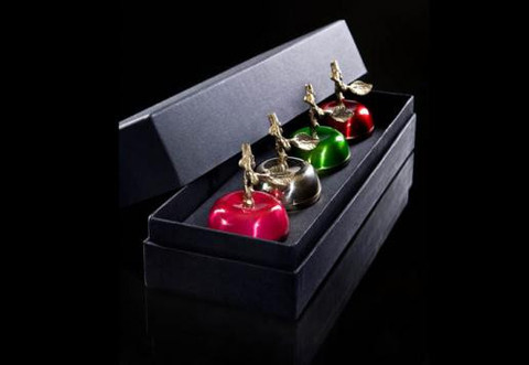 Boite De Pommes Gift Set design by DL & Co.