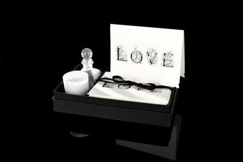 Love Gift Set design by DL & Co.